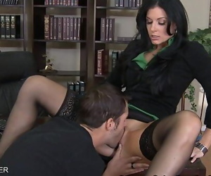 Brunette India Summer fuck a big prick 8 min 720p