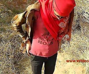 Outdoor teen girlfriend fucking Big cock indian Desi girl..