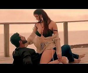 Very Sexy n Shinny Ihana Dhillon in Very Sexy Song 4 min