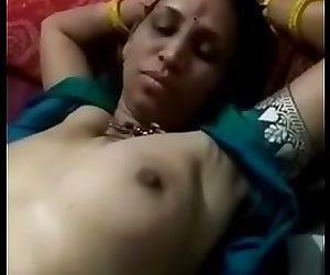 Desi aunty porn sex clip hot 30 sec