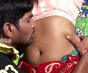 Swathi Naidu Navel Groped