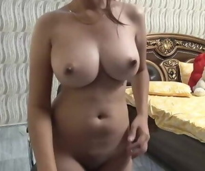 Sexy Indian Desi Big Boobs Punjabi Girl - Vdde Mumme Wali..