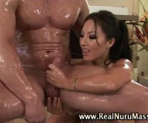 Wet asian fetish masseuse babe -..