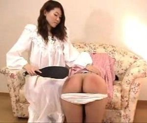 011 Pajamas Girl Gets Spanked - 4 min