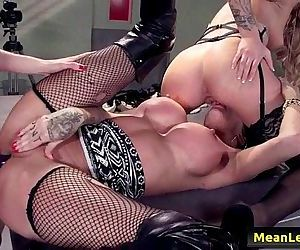 Hot And Mean LesbiansHot Cop Mean Cop with Jessa Rhodes & Kayla Carrera & Kendra James fr