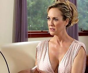 Busty Step-Mother Brandi Love and Carmen CallawayHD