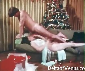 Vintage Xmas Porn 1970s - O Cum All Ye Faithful