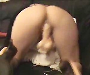 Mature slut dildo slamming