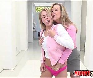 Big boobs milf Brandi Love munched on Zoey Monroe pussy