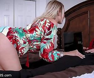 Best Friends Cougar Mom is Starving for My Cock! 7 min HD+