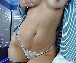 Big Ass Milf Camgirl Flashes Ass Rides BBC On Live Webcam 28 min HD+
