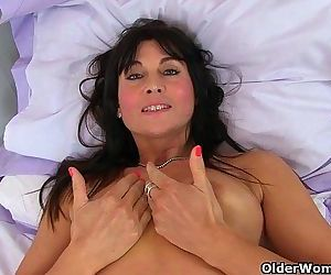 Britains sexiest milfs part 26HD