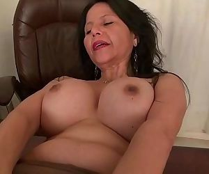 Americas sexiest milfs part 32HD