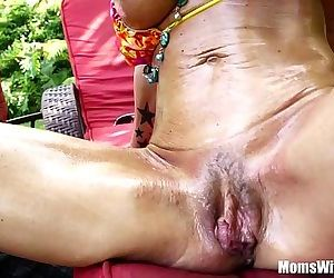 Oiled-Up Photoshoot And Creampie With MILF Kristal SummersHD