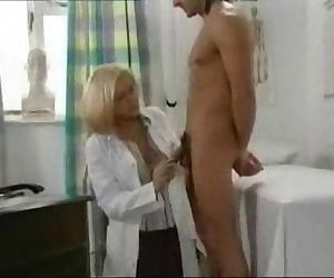 Female Doctor stockings,bj,fuck,cs 10m