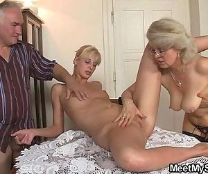 He finds his GF in threesome with his parents - 6 min