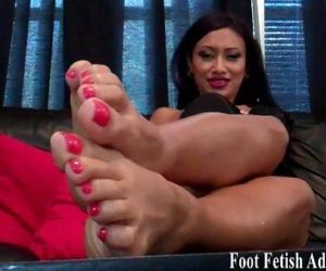Suck on my delicious size 5 feet - 2 min HD