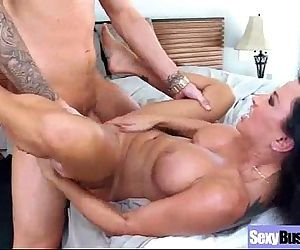 Sex Scene With Superb Round Bigtits Horny Slut Milf vid-21