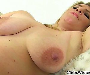 British milf Ashleigh squeezes her leaking nipplesHD