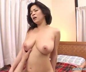 Busty Milf Sucking Young Guy Cock In 69 Fucked Getting Facial On The Bed - 8 min