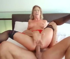 Cherie DeVille gets curvy MILF booty fucked
