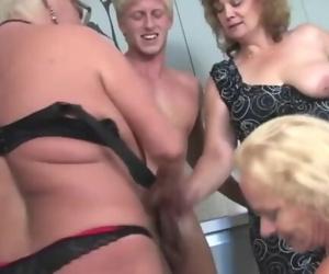 New zeland cumshot brunette fucking sex for money swallow black cock rough