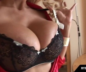 Busty secretary in stocking and highheels get orgasm in office