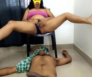 Indian Milf Pising On Boyfriend Face Then Riding Big Dick Till Cum On Pussy