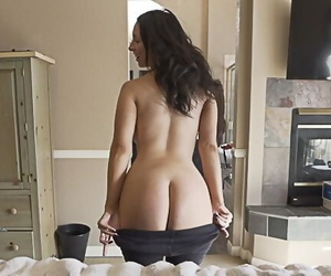 Distracted by my Sexy Stepmom Complete Jackie Ohh