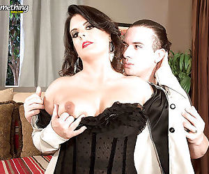 Mature lady raquel ritz gets hardcore anal sex with a2m..