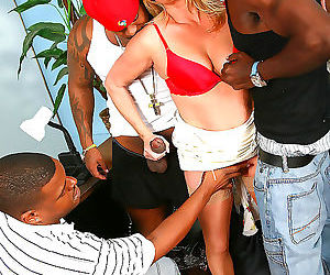 Ginger lynn gets double penetrated by three hung black..
