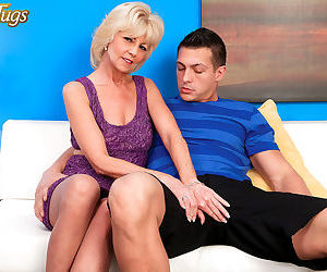 Eve bannon is just a helluva cock sucker - part 3087