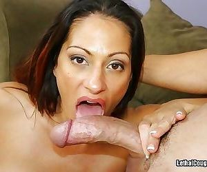 Milf with mega boobs gets plugged - part 2810
