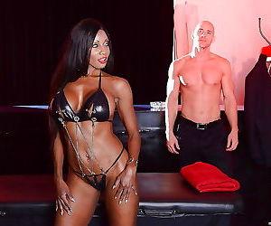 Ebony anal slut diamond jackson fucks a big white cock -..