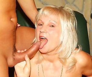 Dirty blonde granny slut getting a hard fuck with young..