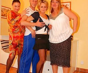 Three party moms share one cock in orgy - part 2057