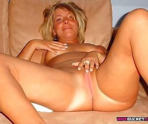 Amateur swingers pics - part 2009