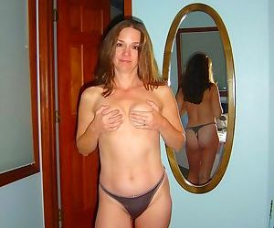 Homemade nudes of this beautiful wife - part 1383