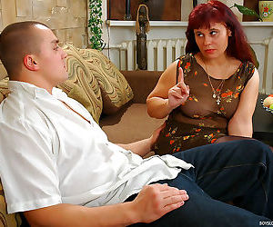 Red haired mature chick lets a horny guy finger and drill..