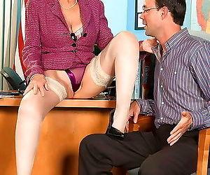 Dirty milf slut lin boyde having a stiff dick in her wet..