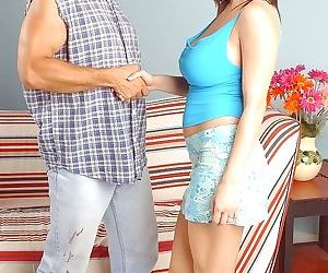 Busty milf stephanie wylde sucks hard cock - part 729
