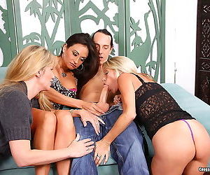 Lucky guy banged by three hot women - part 487