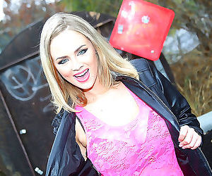 Katie kox gets her pretty face covered with black seed -..