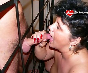 This big chunky mature slut gets wet and horny - part 296