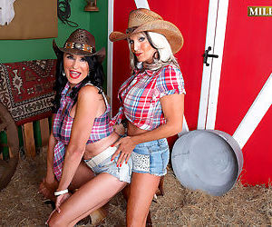 Rita daniels and sally dangelo have a ho down - part 2840