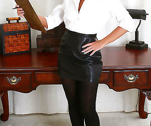Office milf shauna shows off her near perfect body - part..
