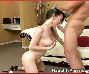 Escort rayveness gets a mouthfull of cock - part 2764