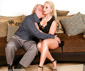 Older blonde gives and receives orla sex before fucking on..
