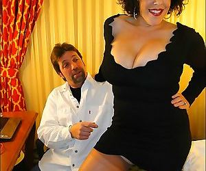 Fatty mature in stockings Carol Foxxx gets a creamy..