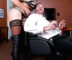 Kinky secretary Raven LeChance seducing her boss in..